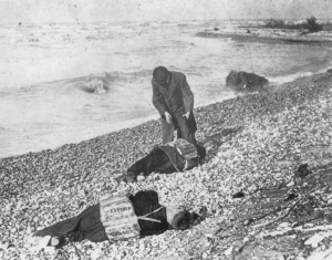 Bodies from the Wexford washed ashore near Goderich, Ontario, Canada.